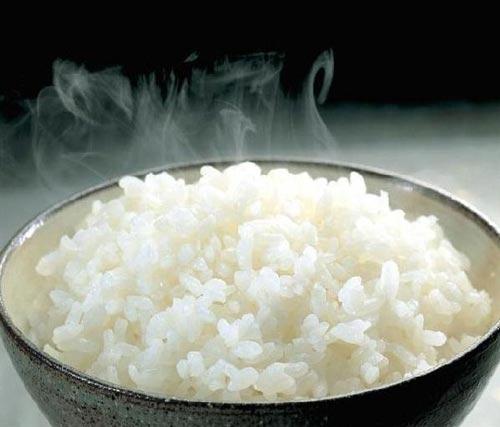 Lợi ích từ thành phần dinh dưỡng có trong cơm