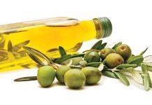 cách sử dụng dầu oliu cho bé ăn dặm